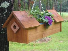 Birdhouse Planter by bomarcrafts on Etsy Wooden Bird Feeders, Bird House Feeder, Homemade Bird Houses, Bird Houses Diy, Bird House Plans, Bird House Kits, Birdhouse Designs, Diy Birdhouse, Birdhouse Decorating Ideas