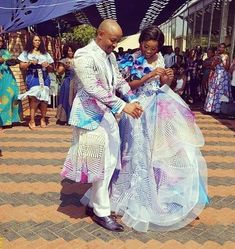 Traditional Dresses In South Africa 2019 ⋆ African Traditional Wedding Dress, African Wedding Dress, African Print Dresses, African Dress, Traditional Dresses, Modern Traditional, African Attire, African Wear, African Fashion