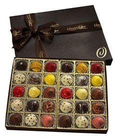 Chic Cupcake Truffles (30-Pieces) Choclatique http://www.amazon.com/dp/B009SA5YBS/ref=cm_sw_r_pi_dp_-34zvb0PNP9DH