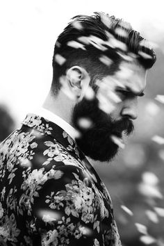 {Black and white portrait. Mode Masculine, Portrait Male, Estilo Hipster, Style Masculin, Beard Love, Man Beard, Sexy Beard, Bw Photography, Moustaches