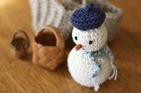 冬 インテリア あみぐるみ 飾り クリスマス スノーマン ベレー帽の雪だるま かぎ針編み 編み図あり
