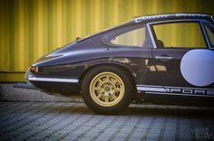 Onassis Porsches Agency - Parts services