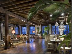 NYC. Gerard Butler's NewYork loft.