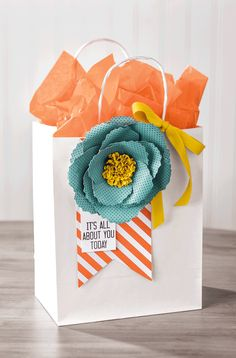 Paper flowers are easy to make with the Bouquet Bigz die.