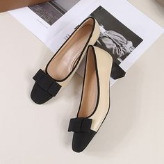 Women fashion shoes, handbags, boots, sandals, loafers, pumps, oxfords Shoes Heels Pumps, Kitten Heel Pumps, Women's Shoes, Gold Shoes, New Shoes, Pointed Toe Block Heel, Block Heels, Chunky Heel Pumps, Shoe Collection