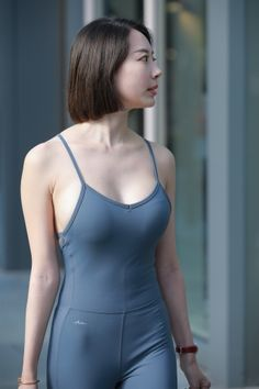 Athletic Girls, Sporty Style, Sexy Asian Girls, White Girls, Asian Woman, Asian Beauty, Bodycon Dress, Womens Fashion, How To Wear