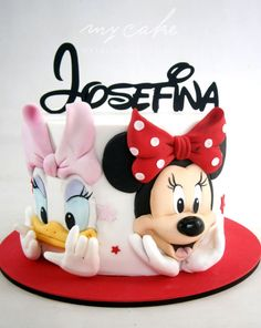 Minnie Mouse - cake by Natalia Casaballe Mickey Mouse Torte, Minni Mouse Cake, Mickey And Minnie Cake, Bolo Mickey, Minnie Mouse Birthday Cakes, Mickey Cakes, Baby Birthday Cakes, Mickey Birthday, Daisy Duck Cake