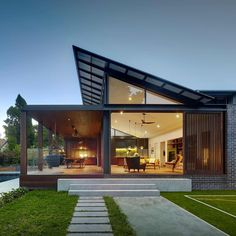 Architecture Discover Kensington House by Virginia Kerridge Architect Kensington House by Virginia Kerridge Architect Australian Architecture, Residential Architecture, Modern Architecture, Architecture Awards, Scandinavian Architecture, Architecture Company, Architecture Interiors, Beautiful Architecture, Future House