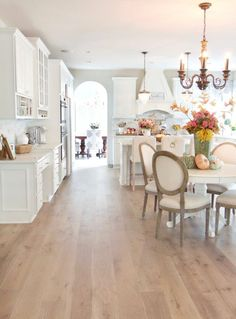 60 Stunning French Country Kitchen Decor Ideas If you. - 60 Stunning French Country Kitchen Decor Ideas If you'd like to create a - Country Dining Rooms, French Country Kitchens, French Country Bedrooms, French Country Living Room, French Country Farmhouse, French Country Decorating, Farmhouse Style, Farmhouse Design, French Cottage