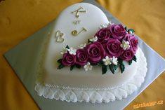 Fancy Cakes, Cute Cakes, Pretty Cakes, Beautiful Cakes, Wedding Cake Roses, Amazing Wedding Cakes, Elegant Wedding Cakes, Cake Icing, Fondant Cakes