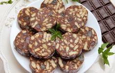 Salam de biscuiti Sweets Recipes, Easy Desserts, Cookie Recipes, Delicious Desserts, Romanian Desserts, Romanian Food, Chicken Pesto Pasta Bake, Nutella, Eastern European Recipes