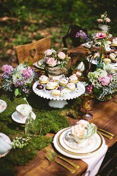 Decoracion de boda con musgo. Centro de mesa