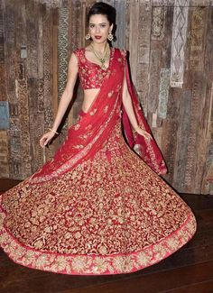 Lehenga have certainly set the Indian fashion on fire by giving a contemporary twist to the typical ethnic wear. The splendid new version of in form of lehenga choli is far more stylish, whilst retaining the traditional essence reserved specially for festive seasons and cultural affairs.