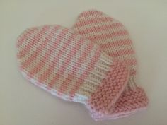 Crochet Baby Mittens Ravelry: Thumbless Baby Mittens pattern by Karen Walthinsen - Baby Mittens Knitting Pattern, Baby Hat And Mittens, Toddler Mittens, Crochet Baby Mittens, Crochet Baby Blanket Beginner, Baby Hats Knitting, Knit Mittens, Knitting Projects, Ravelry