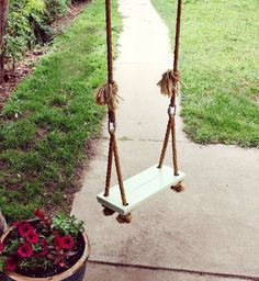 TGG's DIY projects for the garden! DIY backyard garden ideas and tutorials for every gardener, from beginning to advanced. Pick some of these DIY garden projects to make, and get inspired. Diy Swing, Rope Swing, Patio Swing, Outdoor Projects, Diy Projects, Backyard Projects, Garden Projects, Woodworking Projects, Backyard Landscape Design