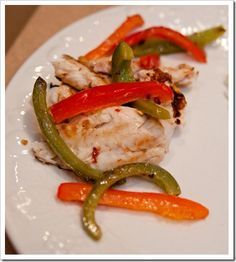 I love this blog -- she rocks her George Foreman like I do!!  Grilled Fish & Peppers