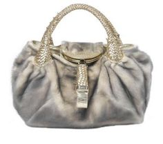 Fendi Spy Fur~ I love this purse! Fendi Spy Bag, Trending Handbags, Handbag Accessories, Amazing Women, Bucket Bag, Purses And Bags, My Style, Rodeo, Mink