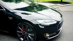 Check out this shot one of our happy customers gave us after applying Rightlook's Carnauba Spray Wax to his customer's Tesla! Our customers love the Carnauba Spray Wax and are thrilled to see the amazing results after one application! http://www.autodetailingwarehouse.com/carnauba-spray-wax-DC1570.html #autodetailing #cardetailing #carwax