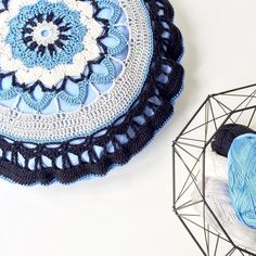 """My """"Mandala Cushion Cover"""" in a new """"Follow-up Friday""""-blog post by marretjeroos"""