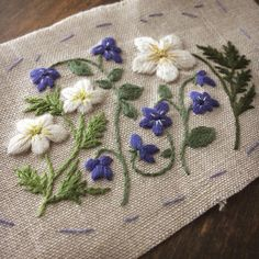 """92 Likes, 6 Comments - atelier de nora 刺繍★embroidery (@atelier_de_nora) on Instagram: """"ハイキングで出会ったイチリンソウとニリンソウとタチツボスミレ♪…"""""""
