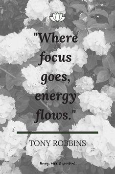 Das wohl berühmteste Zitat des bekannten Persönlichkeitscoaches Tony Robbins. Meditation, Movie Posters, Spiritual, Tony Robbins Quotes, Famous Qoutes, Film Poster, Billboard, Film Posters, Zen