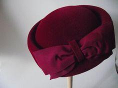 1940s Pillbox Hat  on Etsy.