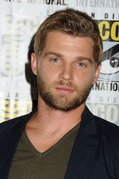 "Michael James ""Mike"" Vogel is an American actor and former model. Handsome Actors, Hot Actors, Handsome Man, Good Looking Actors, Good Looking Men, Logan Lerman, Amanda Seyfried, Mens Hairstyles With Beard, Beards"