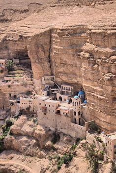 George Orthodox Monastery in Wadi Qelt - The monastery is located 20 km from Jerusalem on the road to Jericho - Israel Places To Travel, Places To See, Places Around The World, Around The Worlds, Beautiful World, Beautiful Places, Heiliges Land, Naher Osten, Beau Site