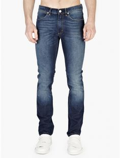 The Acne Studios Men's Washed Max Prince Jeans, seen here in blue. Crafted from premium cotton denim, these jeans from Acne Studios are cut to offer a slim-fit. With a low-rise waist and tapered from the knee, they are a classic style from the Swedish brand. – Premium cotton denim construction – Slim-fit style –...Price : 269.74$