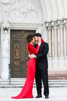 Valentine's Day Engagement Shoot Inspiration by Digna Toledo Photography | Aisle Perfect: http://aisleperfect.com/2016/02/valentines-day-inspired-engagement-shoot.html #photography #engagement