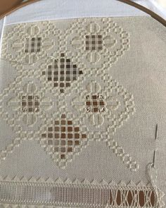 Hardanger Embroidery, Ribbon Embroidery, Bargello, Projects To Try, Rugs, Decor, Towels, Craft, Bead Embroidery Patterns