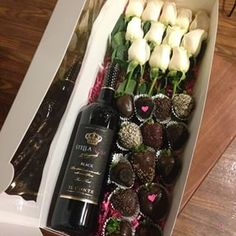 Who wouldn't want chocolate covered strawberries, roses, champagne for there birthday! #birthdaygoals