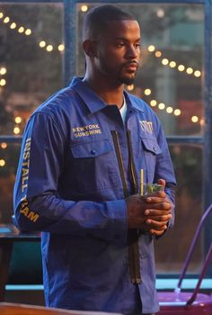 Grown-ish: Zoey and Aaron's Relationship Timeline Trevor Jackson, Relationship Timeline, Grown Ish, Complicated Relationship, Roller Coaster, The Past, Take That, Portraits, Tv