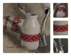 Vasen aus Milchfläschchen