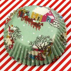 Vintage Christmas Baking Cups!