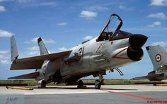 F-8 (fn) Crusader