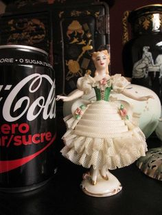 """AS IS VINTAGE Signed """"MATTEIS CANADA DRESDEN ART"""" LADY BALLET LACE Tiny FIGURINE"""