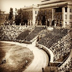 #ThrowbackThursday: Commencement at Archbold Stadium, 1937. Journalist and activist Dorothy Thompson addressed the Class of '37. #syracuseu - @syra…