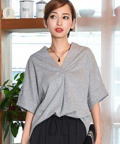 【ZOZOTOWN】philter(フィルター)のTシャツ/カットソー「【ZOZOTOWN店限定販売】[日本製]シンプルVネック・スキッパーシャツ/Tシャツ」(424036)を購入できます。