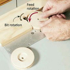 Woodworking Jigs Tough-Enough Front-End Loader Woodworking Plan by Woodcraft Magazine Router Jig, Wood Router, Router Woodworking, Woodworking Workshop, Woodworking Techniques, Woodworking Projects, Woodworking Furniture, Router Table, Woodworking Classes
