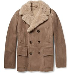 Shop men's coats and jackets at MR PORTER, the men's style destination. Discover our selection of over 400 designers to find your perfect look. Men's Coats And Jackets, Outerwear Jackets, Mens Shearling Coat, Designer Winter Coats, Peau Lainee, Leather Fashion, Mens Fashion, Sheepskin Jacket, Gucci