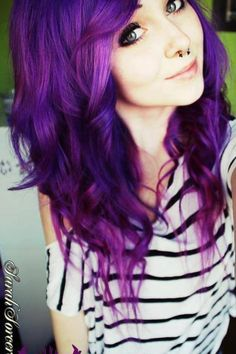 Love how vibrant this purple hair is. But I'd never dye my hair this color Love Hair, Gorgeous Hair, Pelo Emo, Corte Y Color, Coloured Hair, Dye My Hair, How To Dye Hair, Safe Hair Dye, Hair Dos
