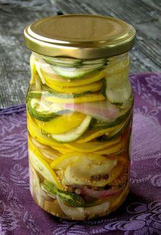 Pickles, Cucumber, Goodies, Food And Drink, Cooking Recipes, Treats, Gummi Candy, Chef Recipes, Sweets