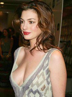 Anne Hathaway Side-Boob