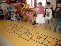 A HÉT NAPJAI-UGRÓISKOLA Educational Toys, Preschool Activities, Projects For Kids, Seasons, Weather, Games, Activities For Preschoolers, Kids Service Projects, Learning Toys