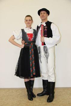 Súčanský sviatočný kroj Folk Costume, Costumes, Heart Of Europe, Folk Clothing, Punk, Embroidery, Things To Sell, Dresses, Women