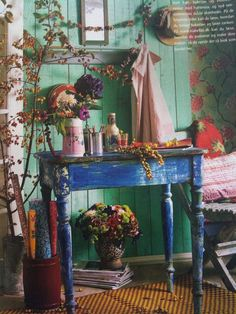 Color splash by Zooey Loves Bugs, via Flickr - boho chic