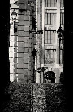 rue de la commune. Old Montreal