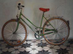 """Dela serie de """"Bicis"""" 2014 por Inma Pascual Aparici Técnica mixta .lienzo sobre tabla.2.000 euros"""