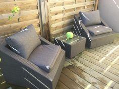afd4f71e7d0e20 Salon de jardin 2 places - Triangolo - résine tressée noire, coussins  écrus, salon de jardin encastrable